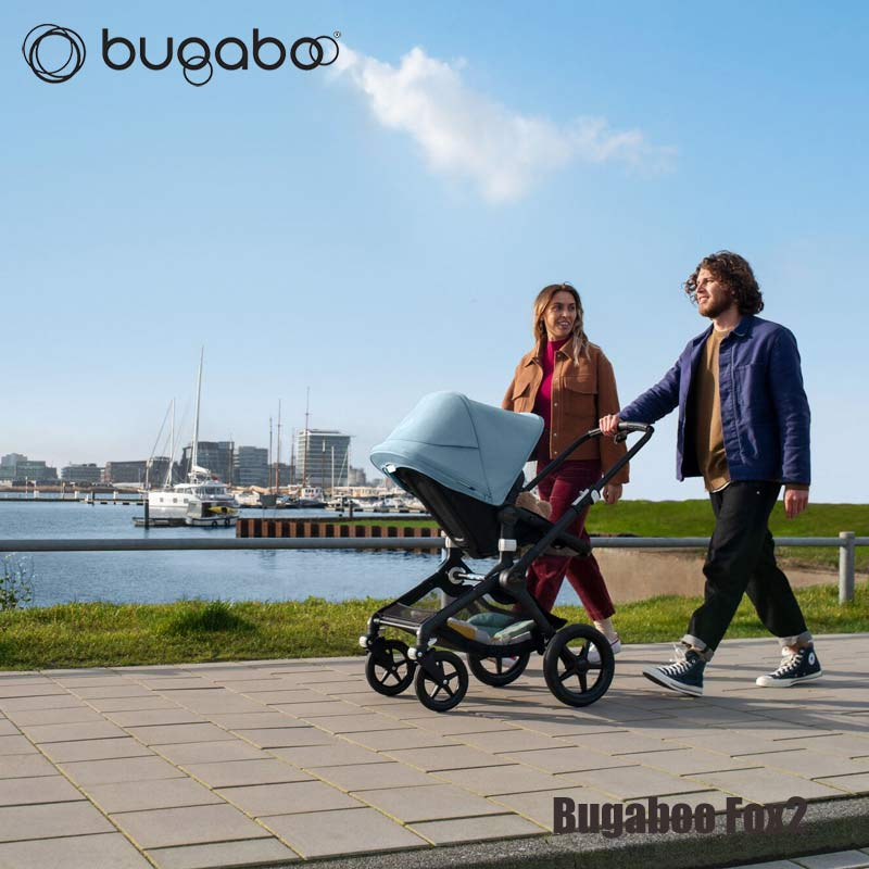 Kinderwagen_Bugaboo_Fox2_Walking_LR5.jpg